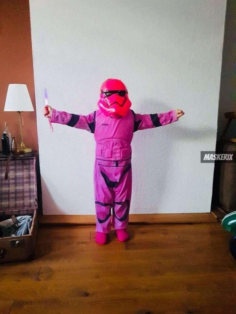 maskerix - DIY Stormtrooper Halloween Costume Idea