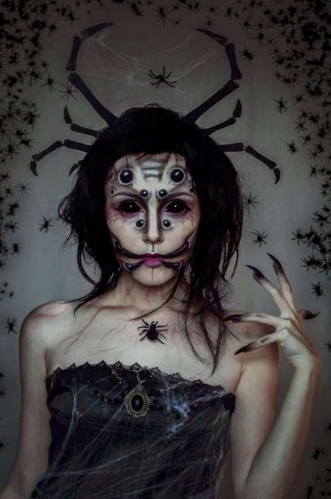 DIY Spider Halloween Costume Idea