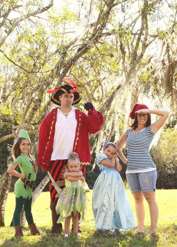 DIY Peter Pan Halloween Family Costume Idea