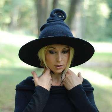 Etsy - DIY Witch Halloween Costume Idea - Hat