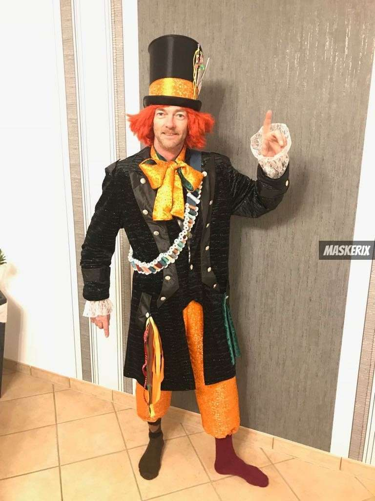 Diy The Mad Hatter Costume Easy Step By Step Tutorial