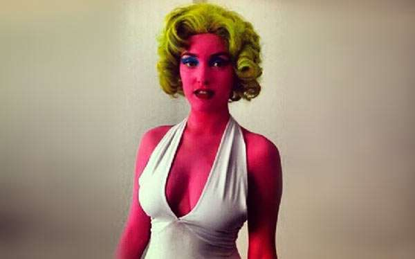 DIY Marilyn Monroe Pop Art Costume