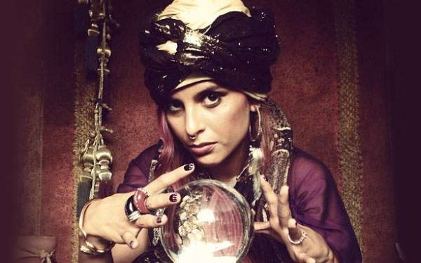 DIY Vintage Circus Fortune Teller Halloween Costume Idea