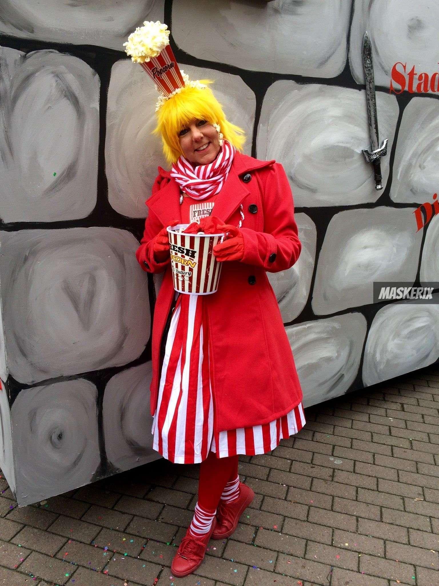 DIY Popcorn Halloween Costume | maskerix.com