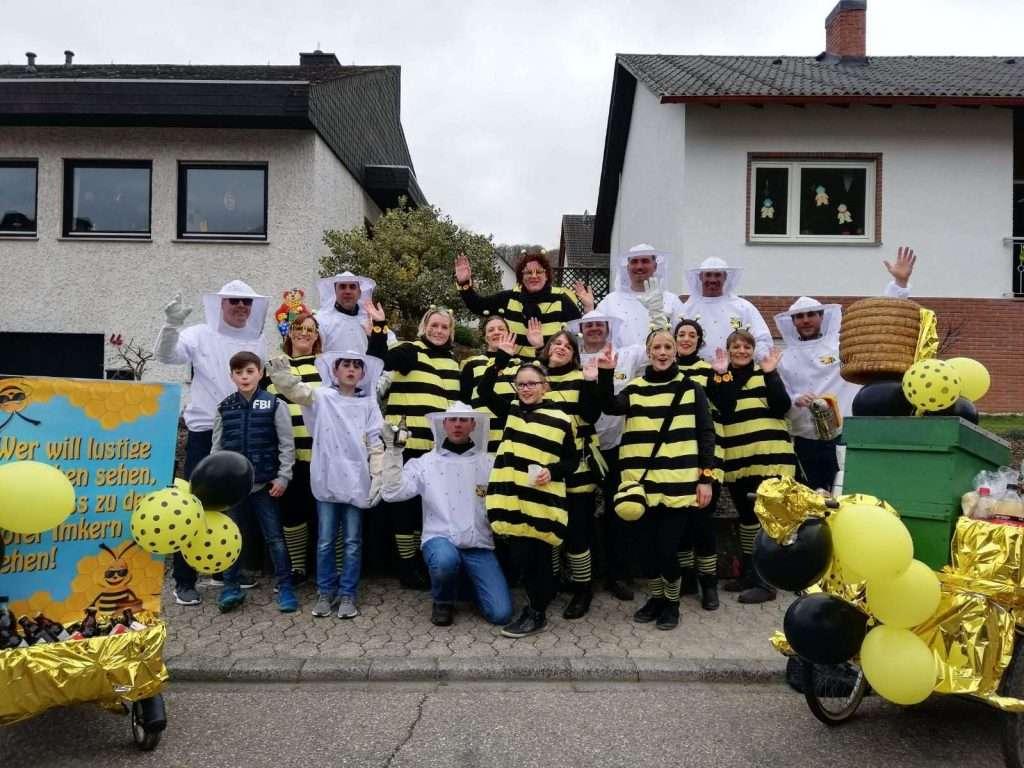 maskerix - Carnival Photo Contest 2019 - DIY Bee Costume Idea