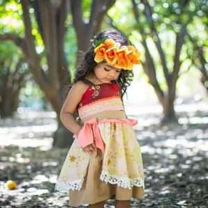 Etsy - DIY Moana Halloween Costume Idea