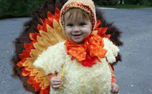 DIY Thanksgiving Turkey Halloween Costume Idea