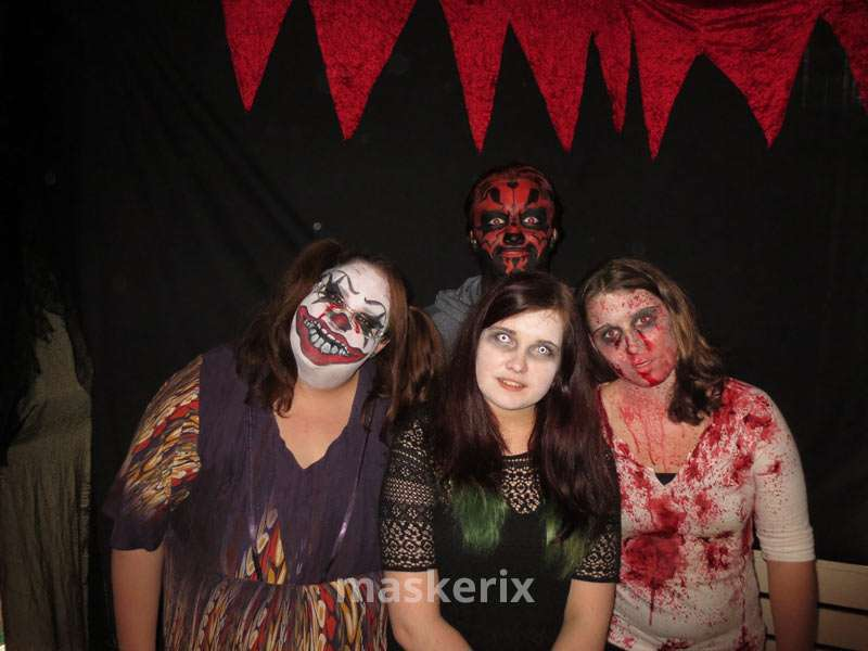 maskerix - DIY Monsters Halloween Costume Idea