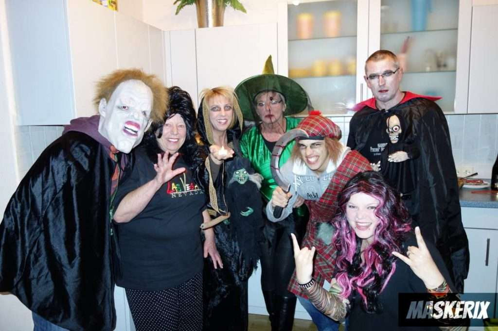 maskerix - DIY Group Halloween Costume Idea