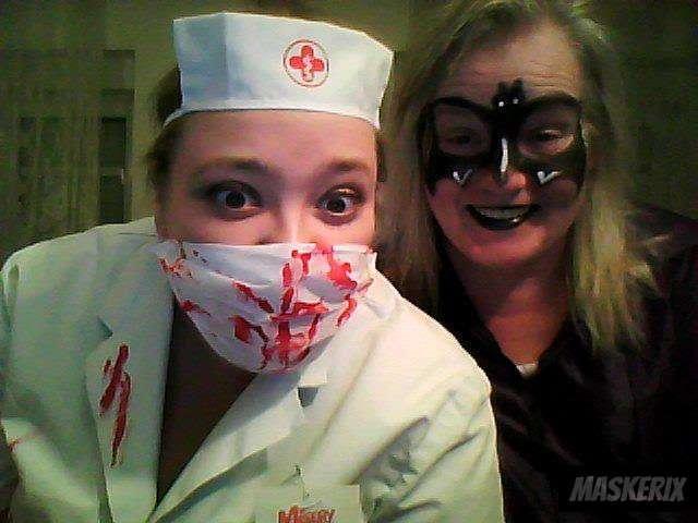 maskerix - DIY Nurse Halloween Costume Idea