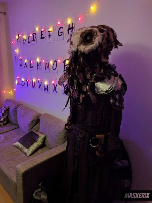maskerix - DIY Stranger Things Halloween Costume Idea