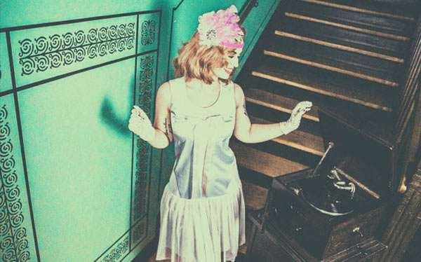 Etsy - DIY 20s Gatsby Charleston Flapper Halloween Costume Idea