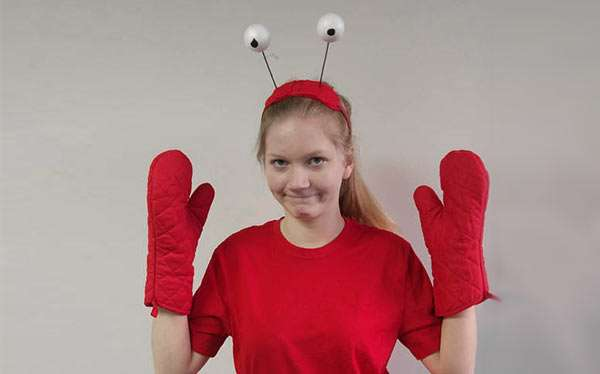 Diy lobster crab costume maskerix diy lobster crab costume solutioingenieria Gallery