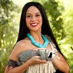 Etsy - DIY Pocahontas Halloween Costume Idea