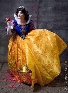 Etsy - DIY Snow White Halloween Costume Idea