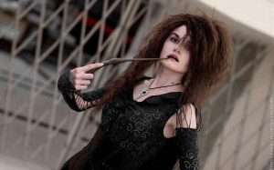Etsy - DIY Harry Potter Bellatrix LeStrange Halloween Costume Idea