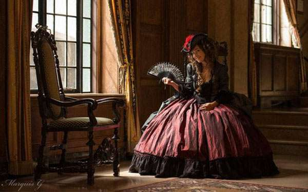 DIY Rococo Halloween Costume Idea