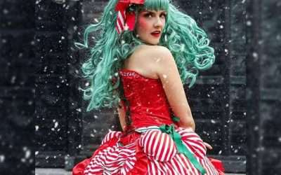 DIY Candy Cane Christmas Costume Idea