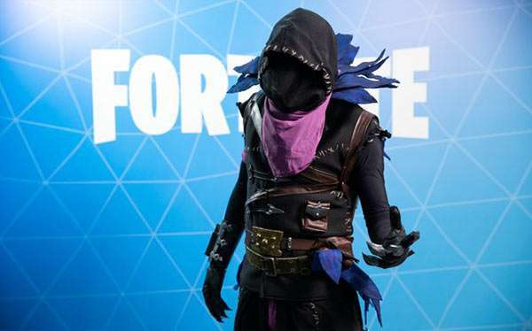 DIY Fortnite Raven Costume