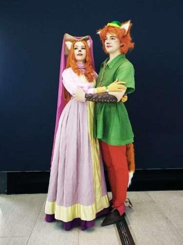 Etsy - DIY Robin Hood & Marianne Halloween Costume Idea