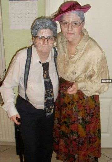 maskerix - Halloween Photo Contest 2017 - Old Couple