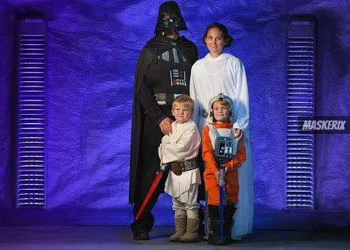 DIY Family Costumes » Outfits that everyone wants to wear