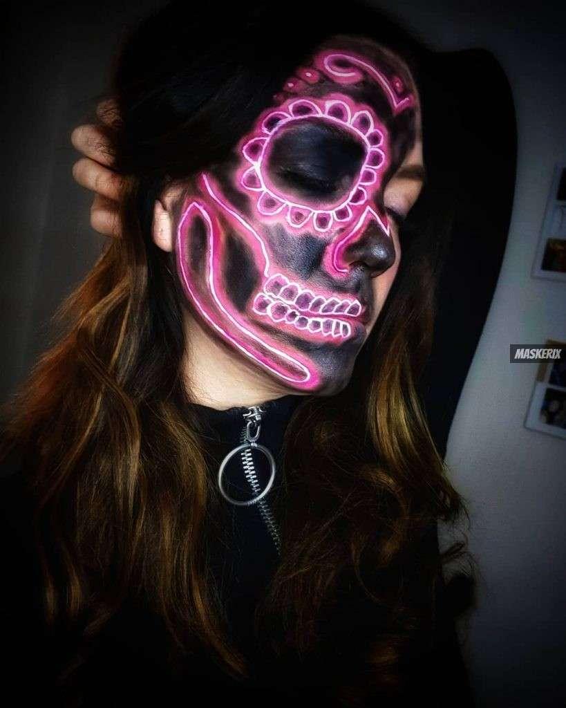 maskerix-HalloweenPhotoContest2019-Skeleton2
