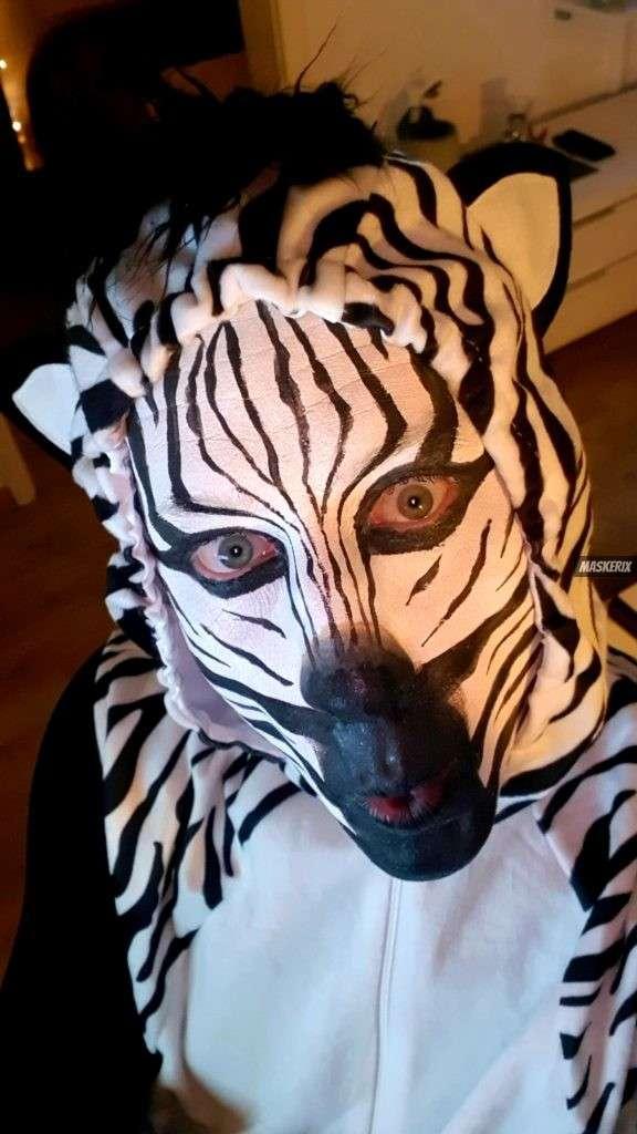 maskerix - Carnival Photo Contest 2020 - DIY Zebra Costume2