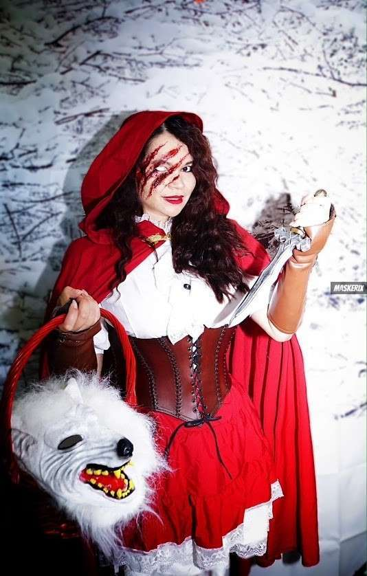 maskerix - Open Photo Contest 2021 Red Riding Hood